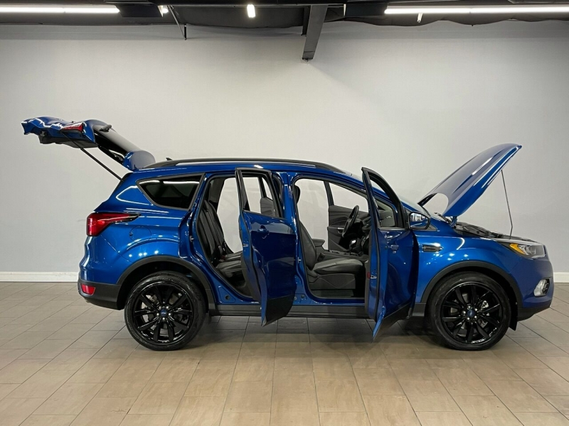 Ford Escape 2019 price $17,995