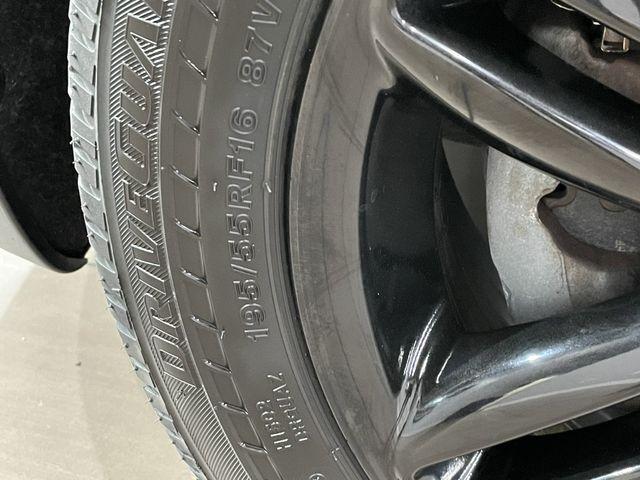 MINI Cooper Hardtop 2012 price $8,999