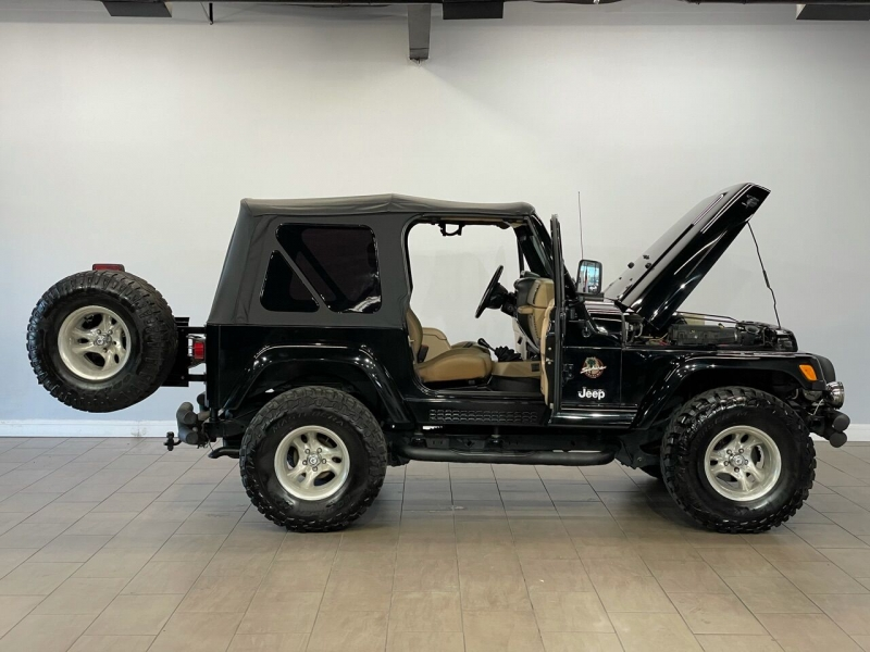 Jeep Wrangler 2002 price $13,995