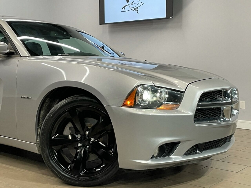 Dodge Charger 2011 price $14,995