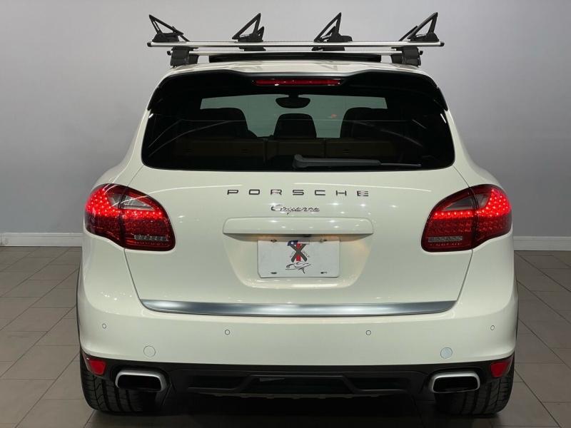 Porsche Cayenne 2011 price $19,995