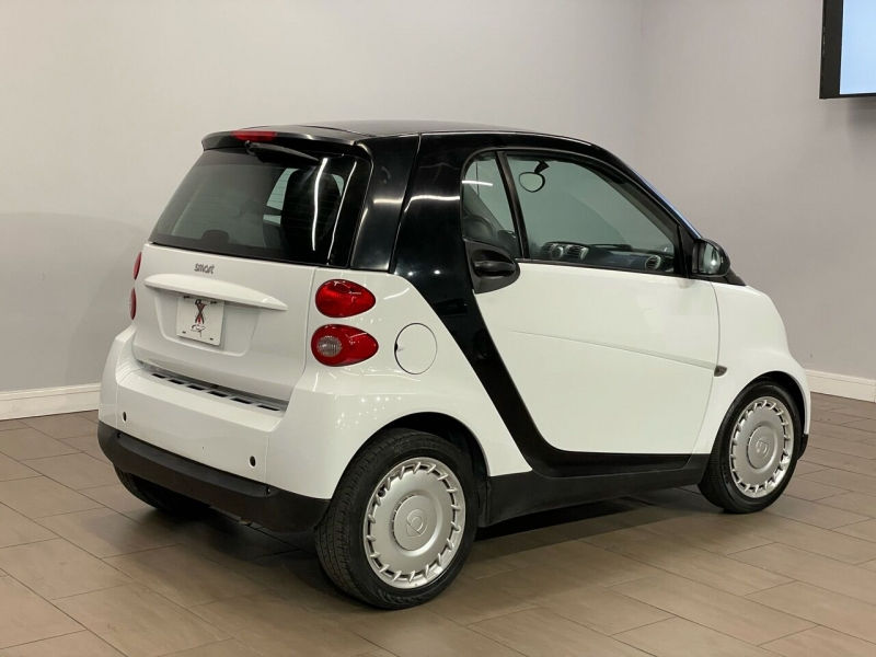 Smart fortwo 2012 price $5,995