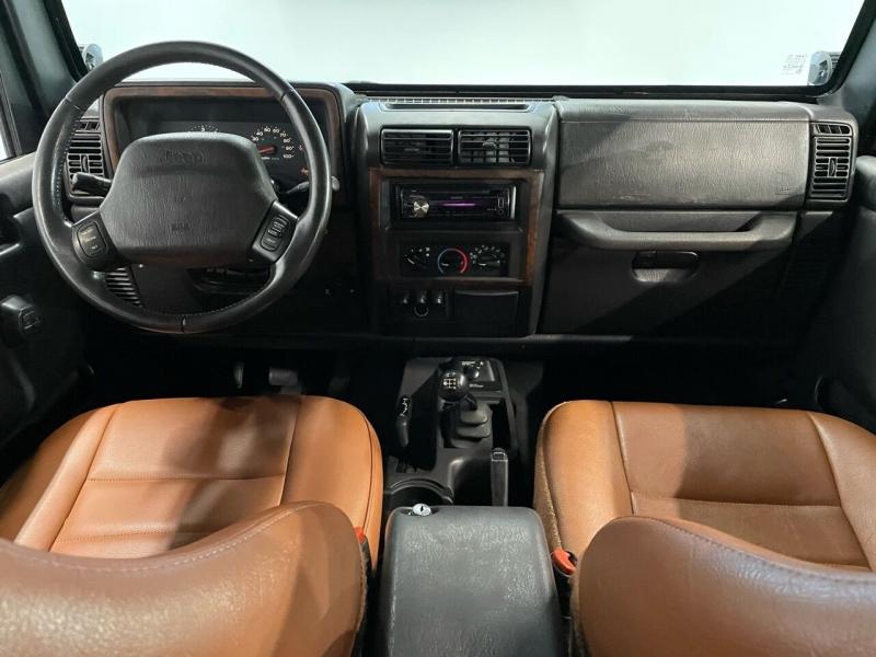 Jeep Wrangler 2002 price $9,999