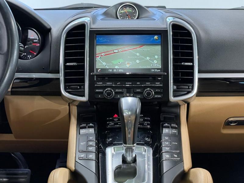 Porsche Cayenne 2015 price $33,995