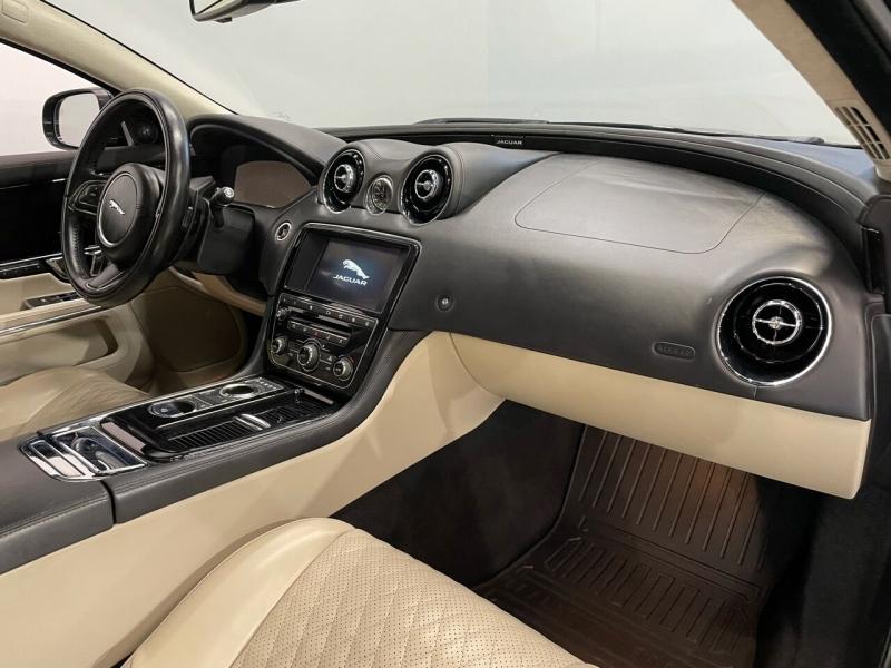 Jaguar XJL 2017 price $28,995