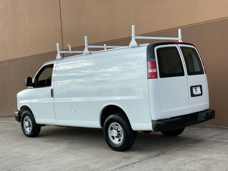 Chevrolet Express Cargo 2015 price $15,995