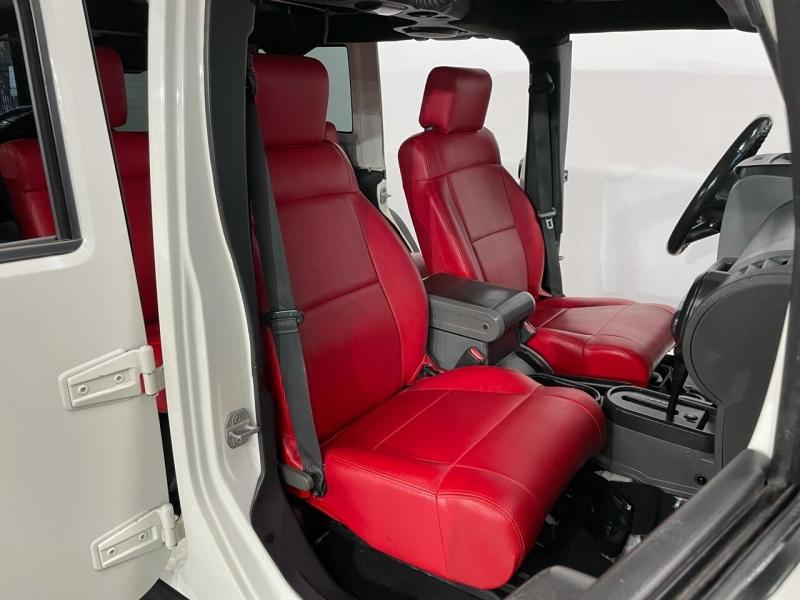Jeep Wrangler Unlimited 2010 price $23,999
