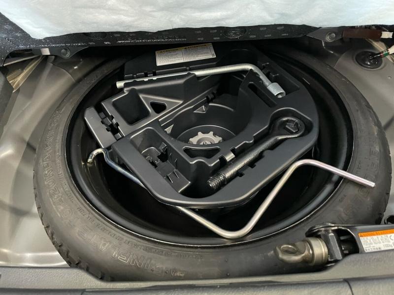 Lexus CT 200h 2017 price $18,795