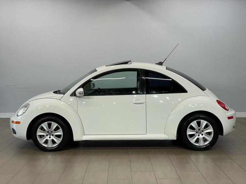 Volkswagen New Beetle 2009 price $7,495