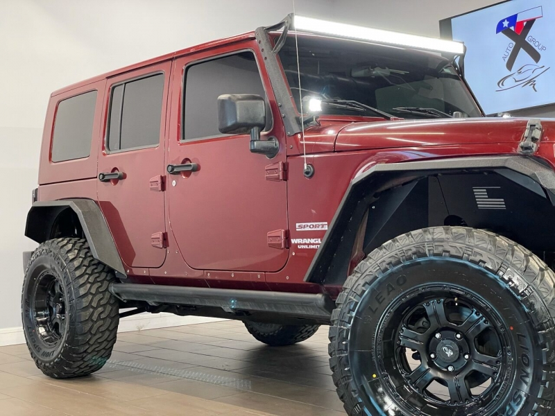 Jeep Wrangler Unlimited 2010 price $16,495