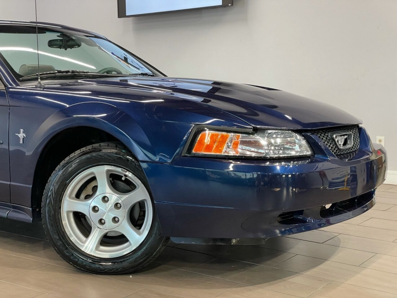 Ford Mustang 2003 price $6,495