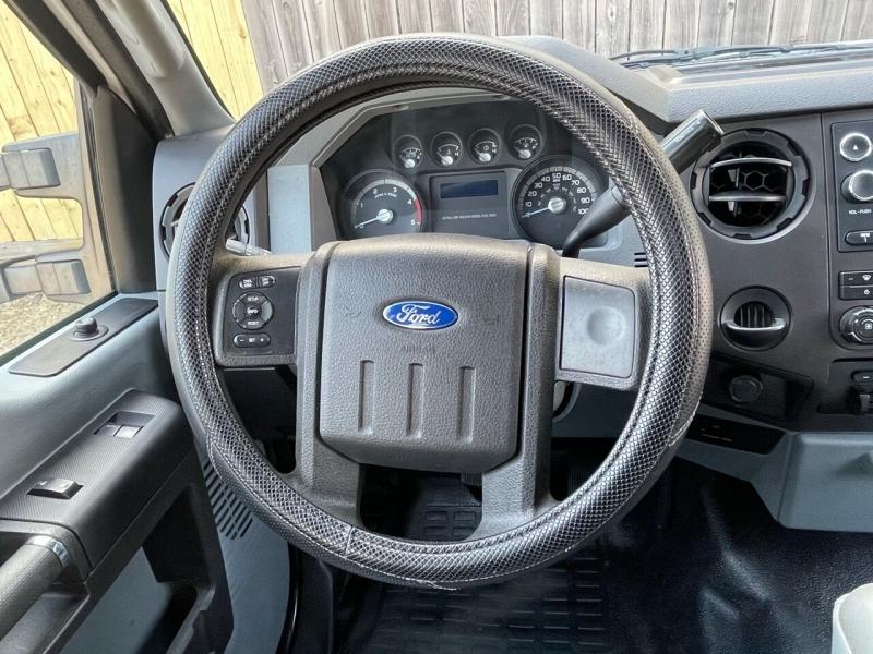 Ford F-350 Super Duty 2015 price $17,995