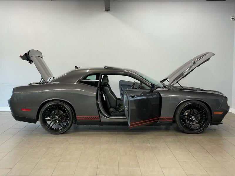 Dodge Challenger 2015 price $23,900