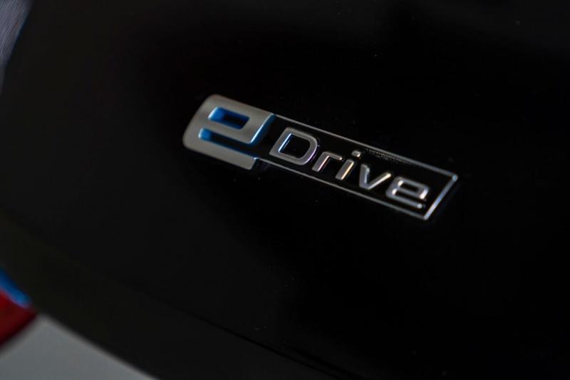 BMW i8 2015 price $68,995