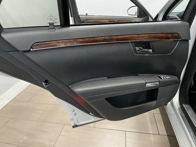 Mercedes-Benz S-Class 2007 price $17,999