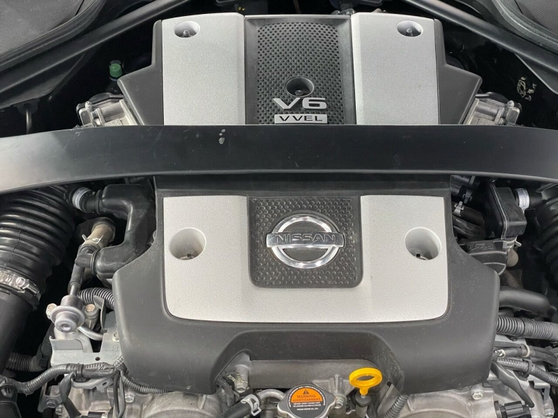Nissan 370Z 2016 price $18,995