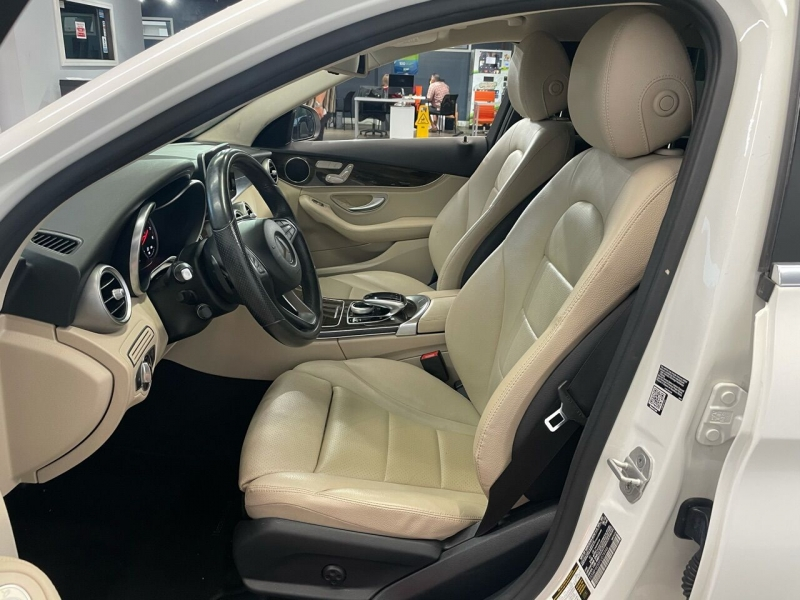 Mercedes-Benz C-Class 2015 price $22,995