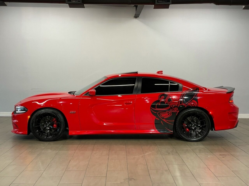 Dodge Charger 2017 price $43,995