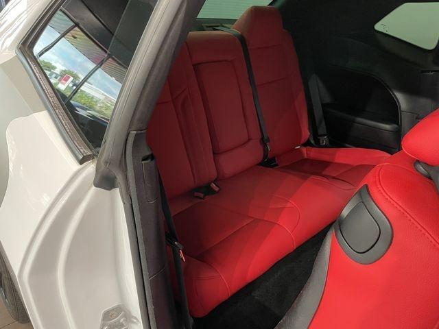 Dodge Challenger 2015 price $27,999