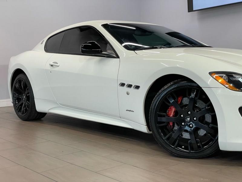 Maserati GranTurismo 2013 price $43,995