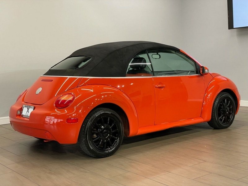 Volkswagen New Beetle Convertible 2005 price $7,995