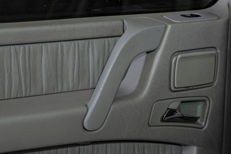 Mercedes-Benz G-Class 2005 price $47,995