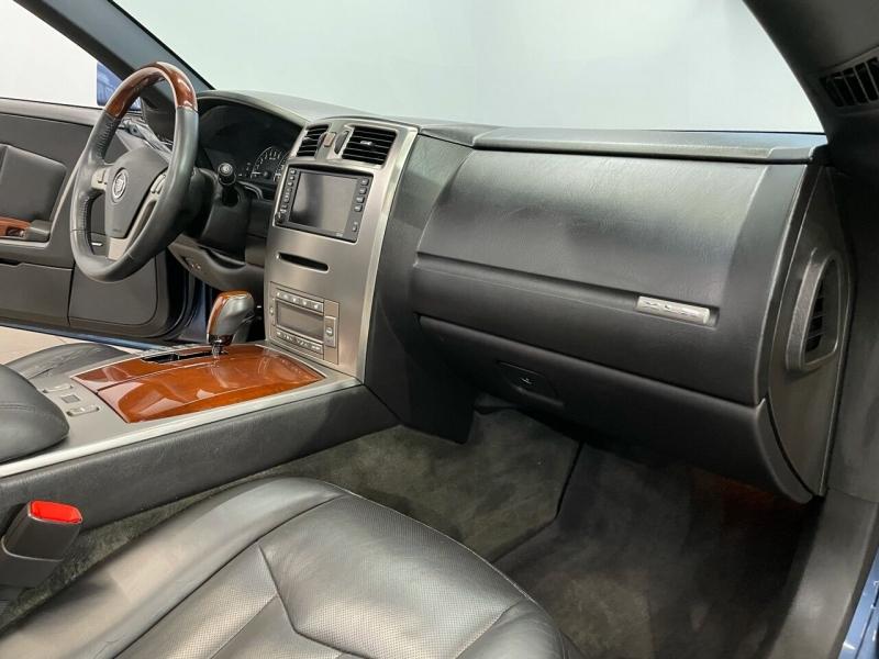 Cadillac XLR 2005 price $22,995