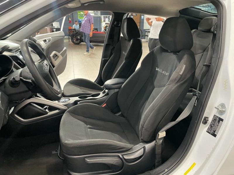 Hyundai Veloster 2015 price $11,495