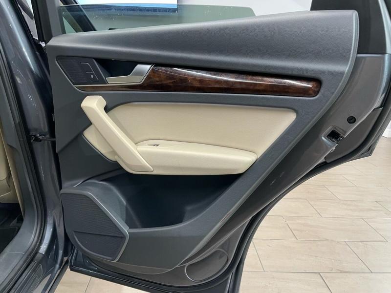 Audi Q5 2018 price $29,995