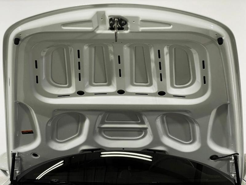 Porsche 911 2019 price $129,995
