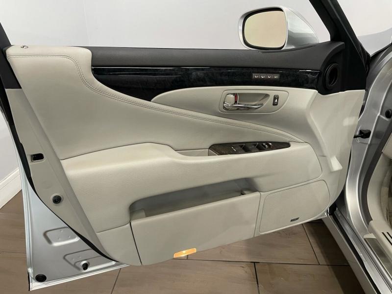Lexus LS 460 2008 price $15,995