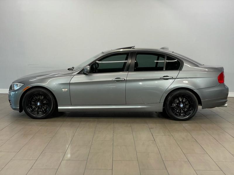 BMW 3 Series 2010 price $9,995