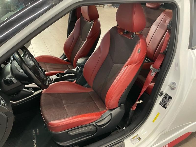 Hyundai Veloster 2016 price $15,995