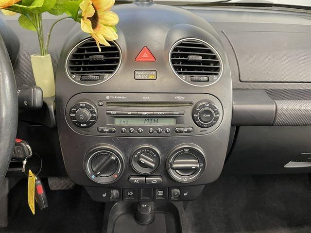 Volkswagen New Beetle Convertible 2008 price $7,999