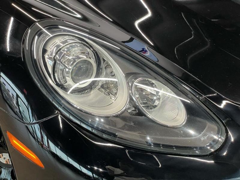 Porsche Panamera 2016 price $47,495