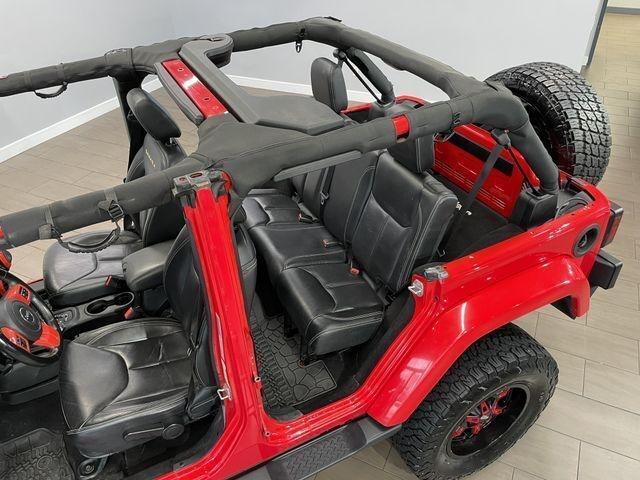 Jeep Wrangler Unlimited 2015 price $33,999