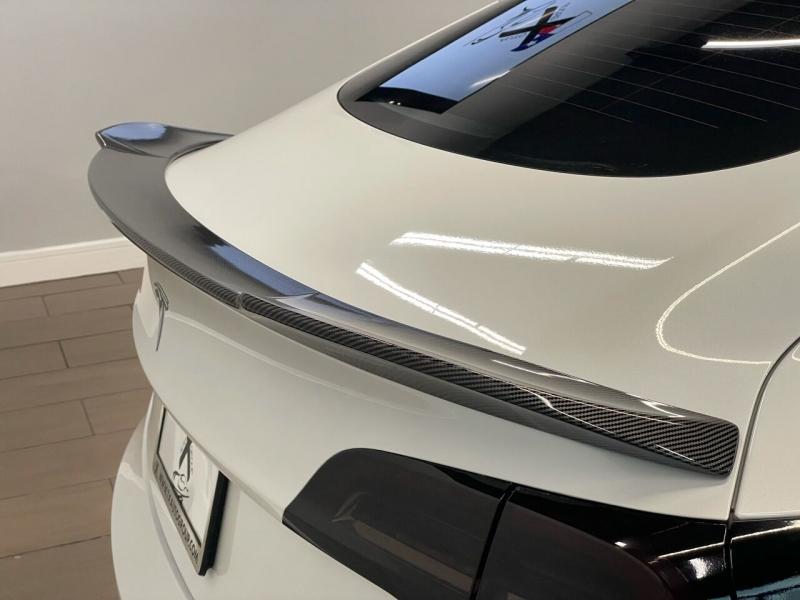 Tesla Model 3 2021 price $55,995