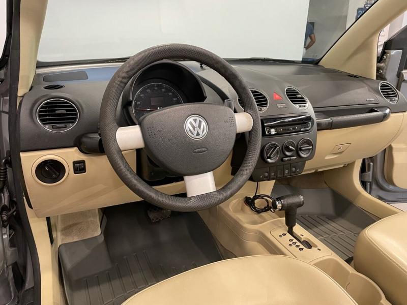 Volkswagen New Beetle Convertible 2006 price $7,995