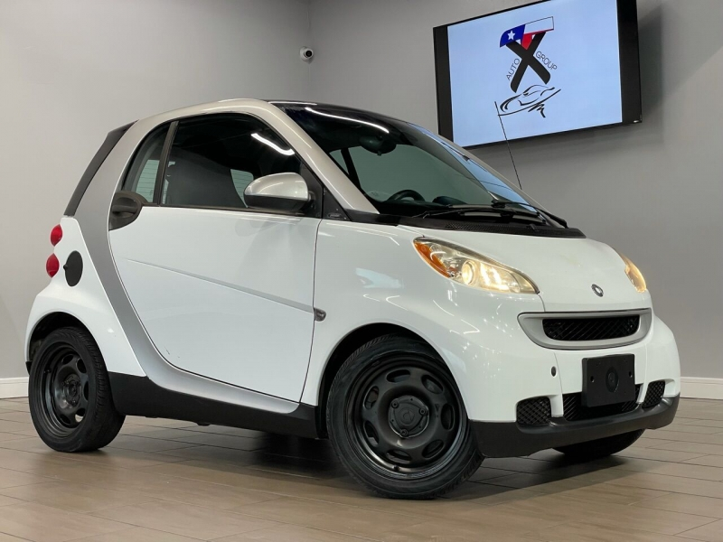 Smart fortwo 2010 price $6,995