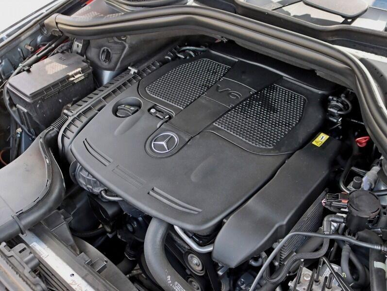 Mercedes-Benz M-Class 2012 price $20,995