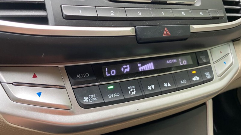 Honda Accord 2015 price $15,995