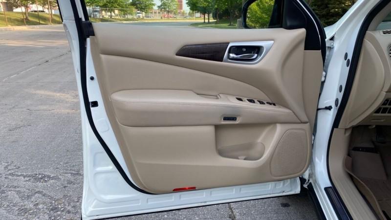 Nissan Pathfinder 2014 price $23,995