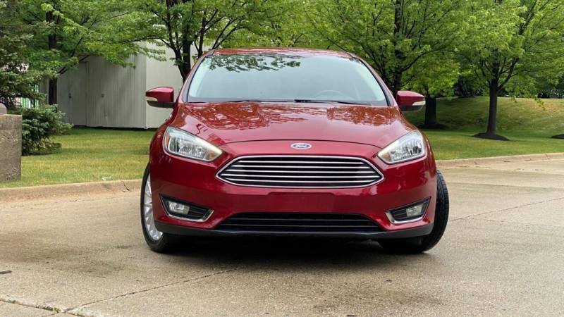 Ford Focus 2015 price $14,995