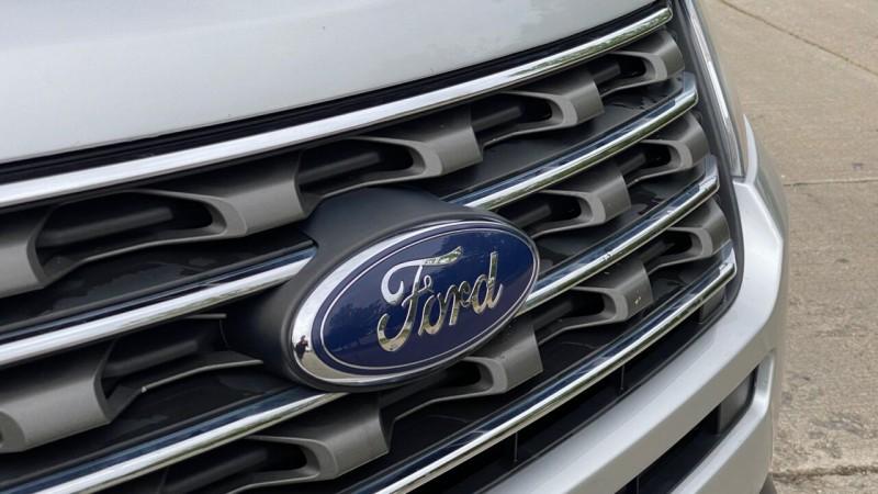 Ford Explorer 2016 price $18,995