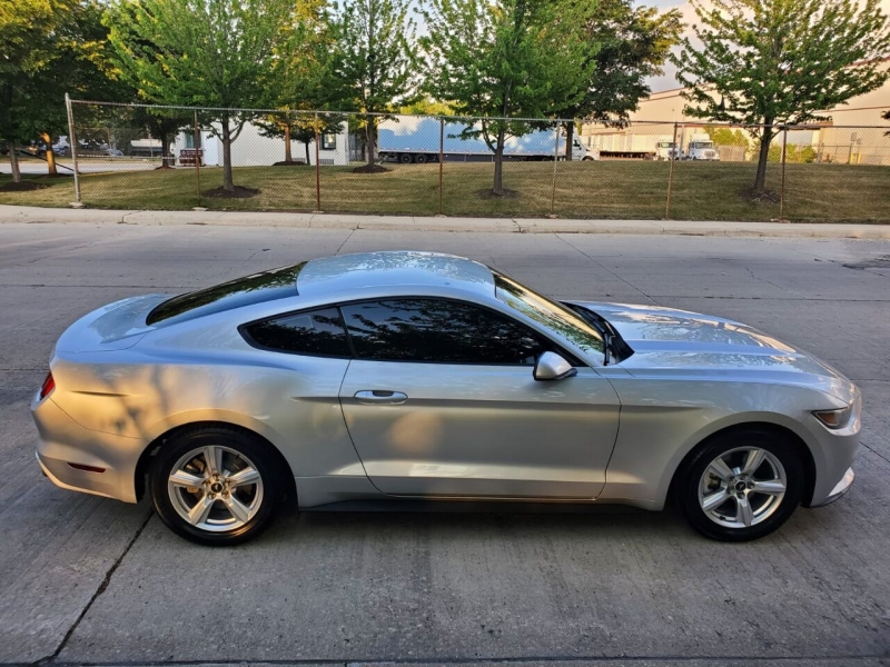 Ford Mustang 2015 price $1