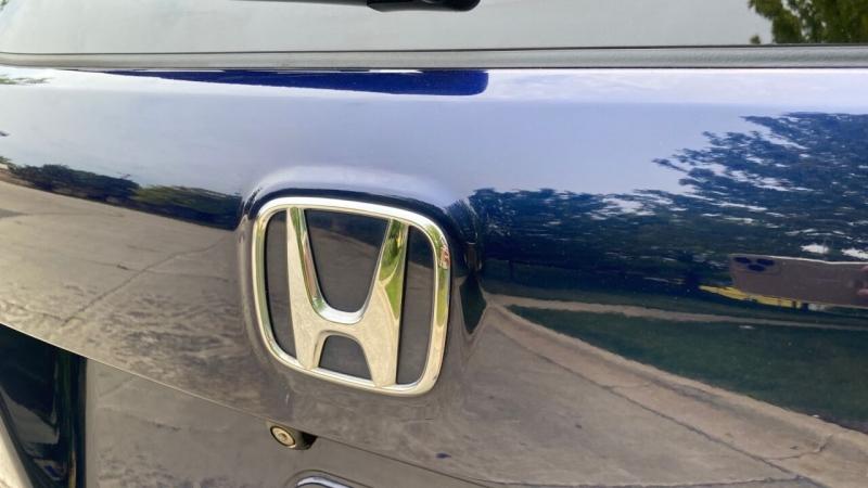 Honda Pilot 2016 price $25,995