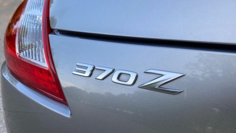 Nissan 370Z 2010 price $16,995