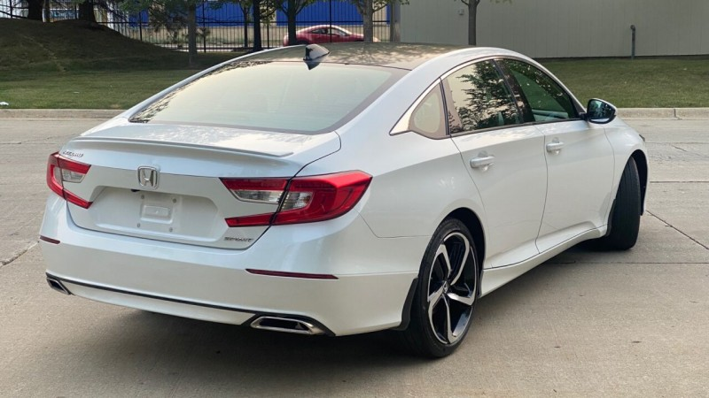 Honda Accord 2019 price $24,999