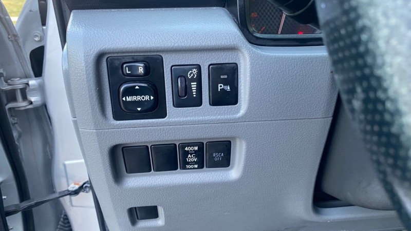 Toyota 4Runner 2010 price $19,495