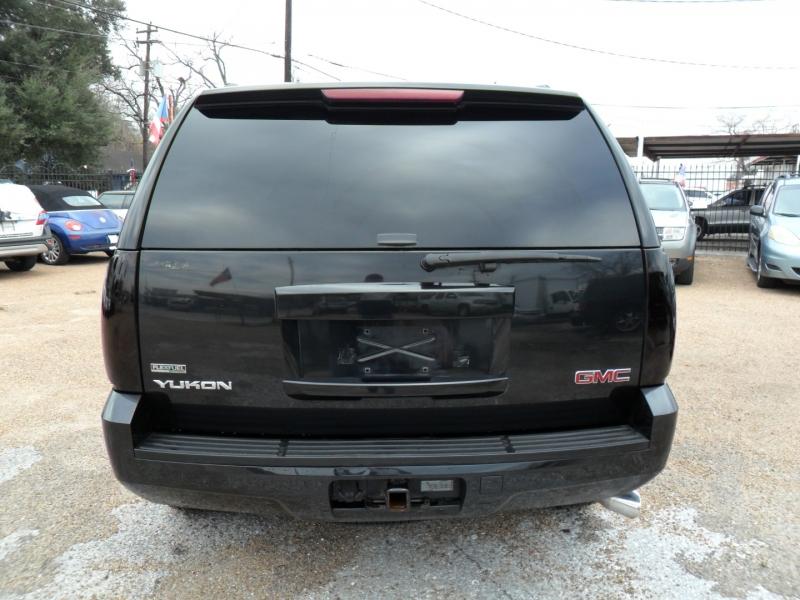 GMC Yukon 2011 price $6,800